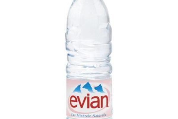 Evian 33cl - 1,20 € HT